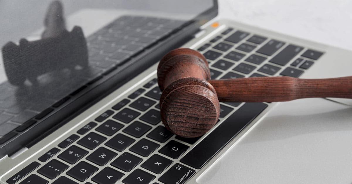 laurearsi legge attraverso università telematiche